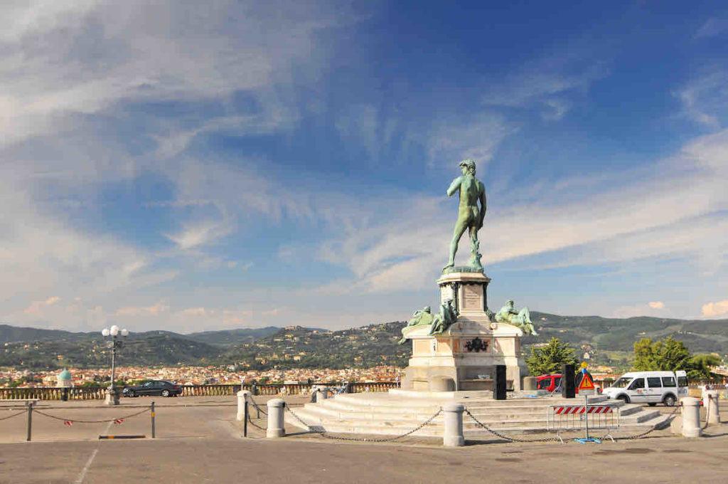 Rückansicht der David-Statue in Florenz