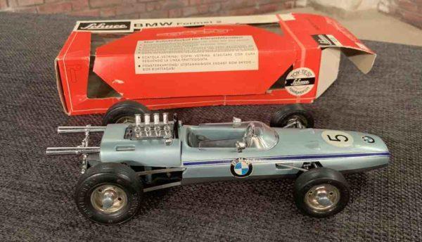 Kleines BMW Modell von Schuco