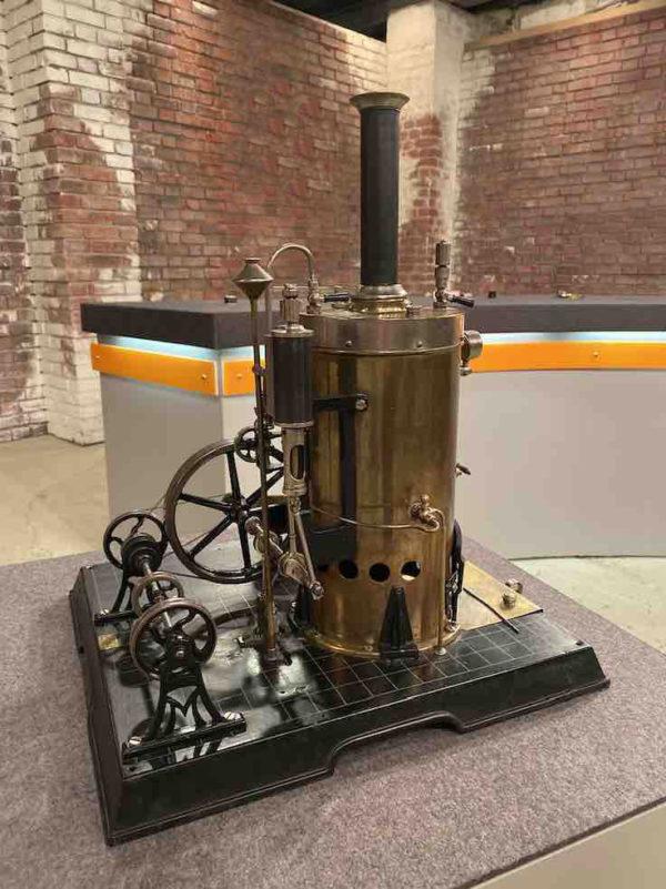 Dampfmaschine vom Spielzeughersteller Märklin