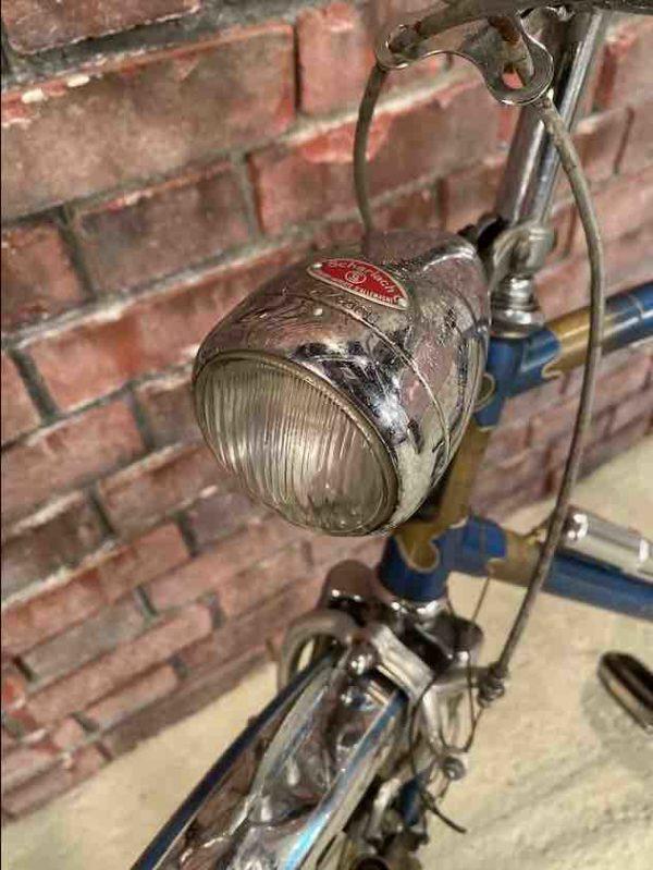 Scheinwerfer des Fahrrads von oben