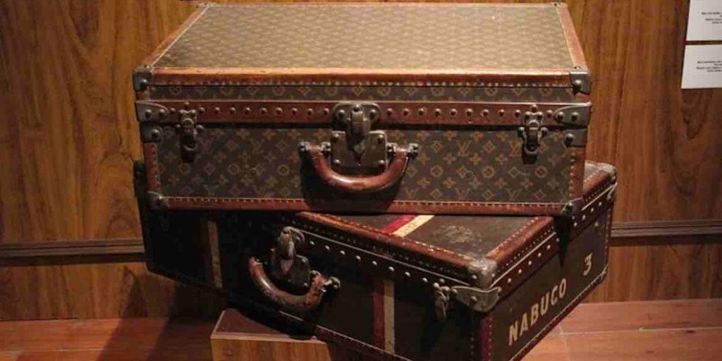 Liegender Koffer von Louis Vuitton