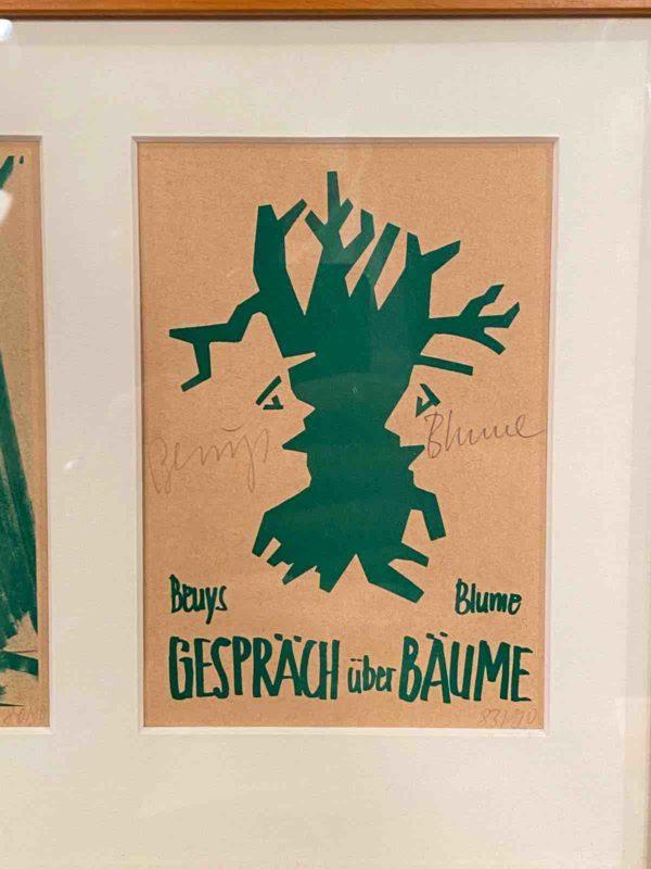 Postkarte mit grünem Baummotiv