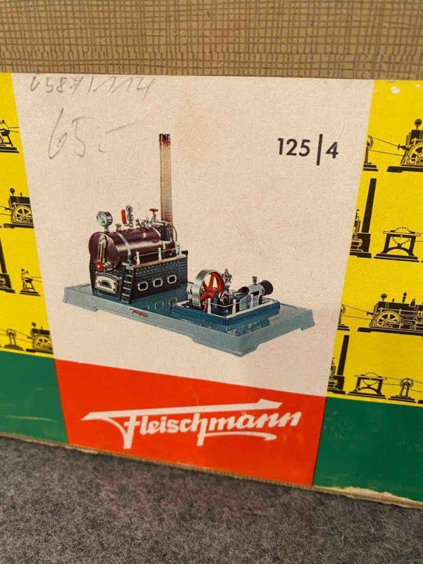 Karton von Fleischmann